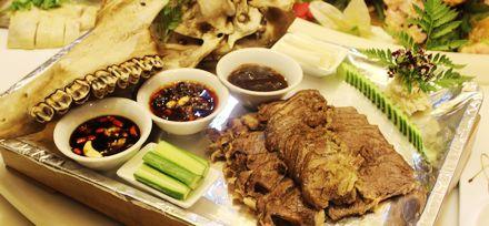 合肥西小楼经典餐厅尝菜――梁山好汉都爱不停的牛头肉