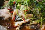 石渔记石锅鱼撩胃暖心