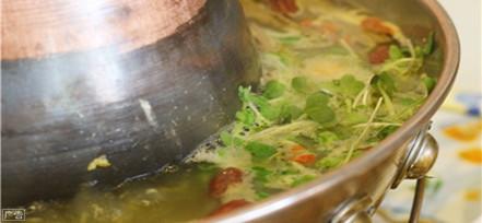 金牛路新开素食火锅 食材纯天然无污染